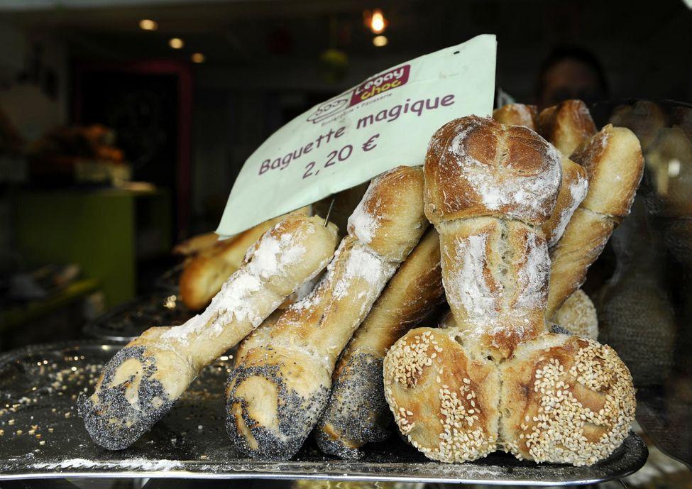 676155-france-gay-society-bakery.jpg