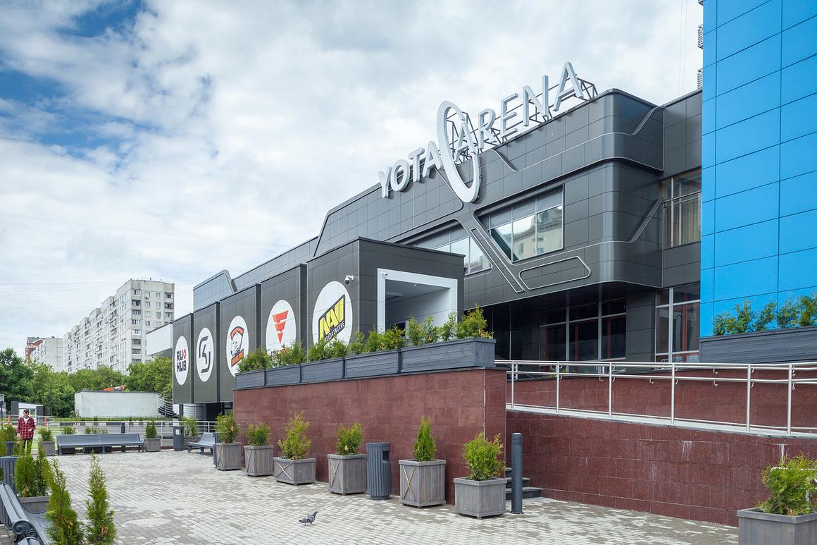 arena1.jpg