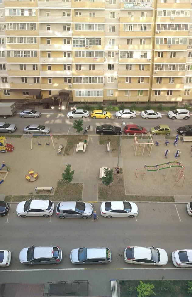 Пример типичного двора.jpg
